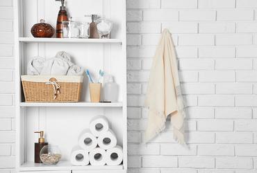 מקלחת בששון: כך תהפכו את האמבטיה לידידותית לילדים