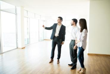 """הדרך לדירה: עכשיו הזמן להיעזר ביועץ נדל""""ן"""