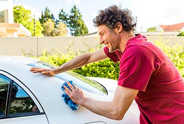 ניקיון ותחזוקת הרכב: המדריך שישמור על ערך הרכב שלכם