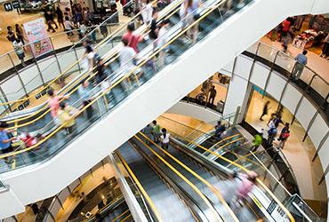 האם העלייה במגמת הקניות ברשת הולכת להשפיע על שטחי המסחר בישראל?
