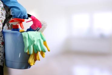 חמש טעויות שעושים כשמנקים את הבית