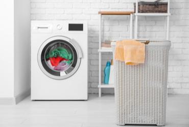 מתוקתקים: 9 דרכים לסידור חדר הכביסה